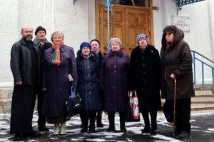 Пенсионеры в Преображенском храме в Саввино