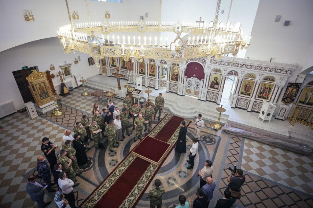 Совещание в Князь-Владимирском храме