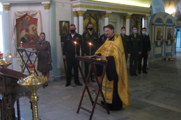 Молебен для военнослужащих в Покровском храме