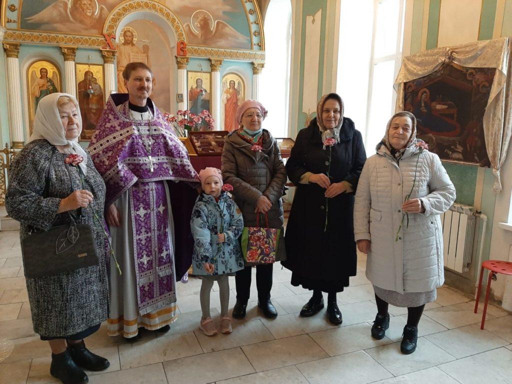 День пожилого человека в Покровском храме